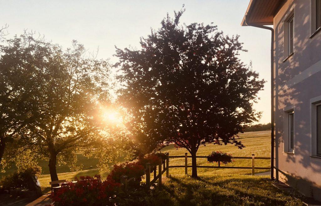 Abendstimmung am Bauernhof